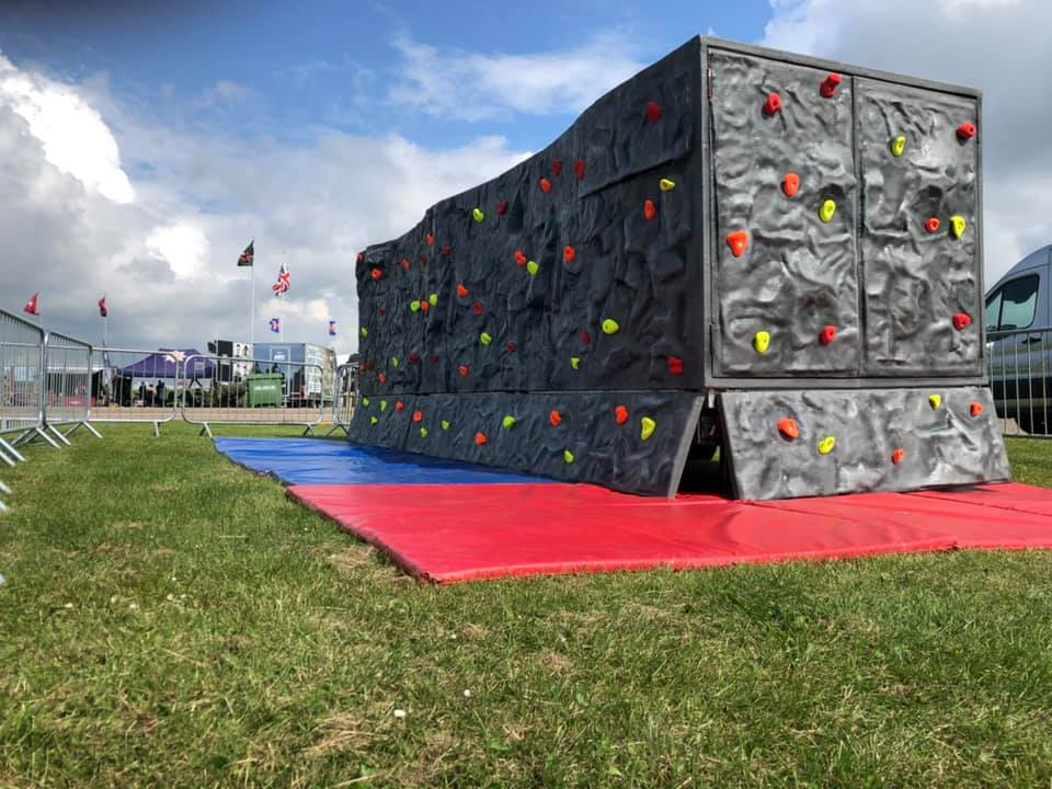 Mobile Bouldering Wall